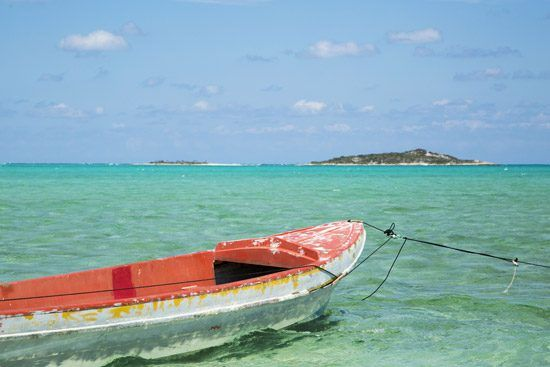 IFF Islands_Acklin and Crooked Island Boat on Water_Image_Bahamas.com