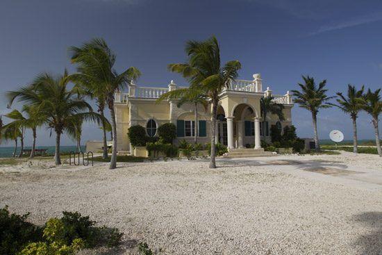 IFF Islands_Mayaguana Vernacular_Image_Bahamas.com